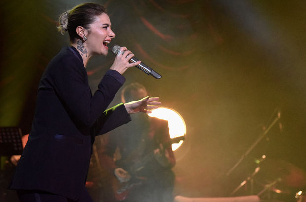 'Heybeden Şarkılar'la İstanbul'u salladı