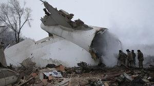 """Kırgızistan'da düşen uçağın """"THY uçağı"""" denilmesi  büyük yankı uyandırdı"""