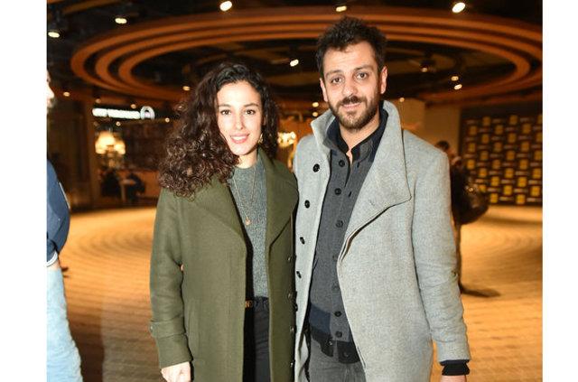 Cansu Tosun sevgilisi Erkan Kolçak Köstendil'in doğum gününü kutladı