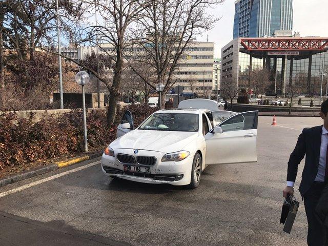 CHP'li Tanju Özcan'ın aracı kaza yaptı