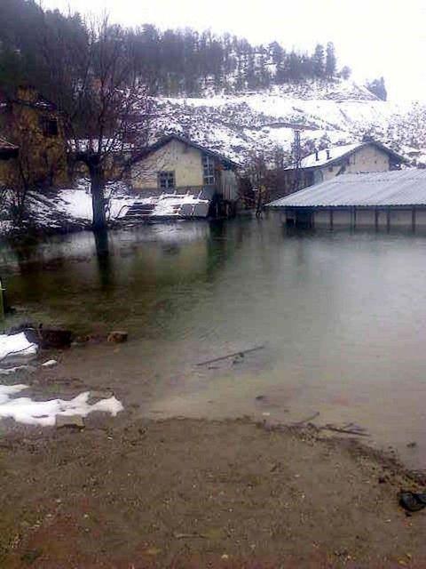Isparta'da bir köy sular altında kaldı