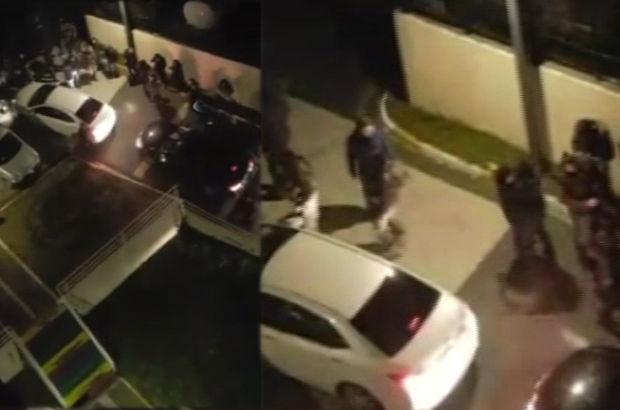 Operasyonun ardından polislerin birbirlerini sarılarak tebrik ettikleri görüldü