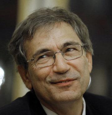 Orhan Pamuk a İtalya'dan şeref doktorası