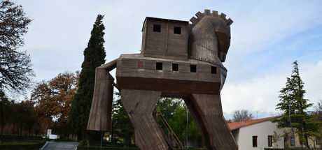 Antik Yunan kentine ziyaretçi akını