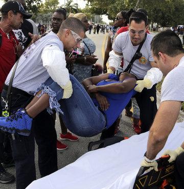Miami'de kalabalığa ateş açıldı 8 yaralı
