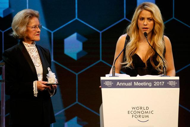 Shakira, yardım faaliyetleri nedeniyle ödüllendirildi