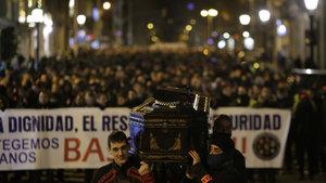 İspanyol polisinden protesto gösterisi