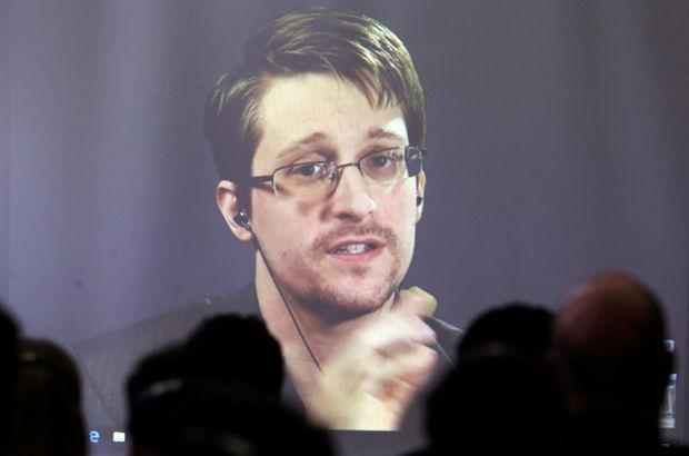 Snowden 'birkaç sene' daha Rusya'da