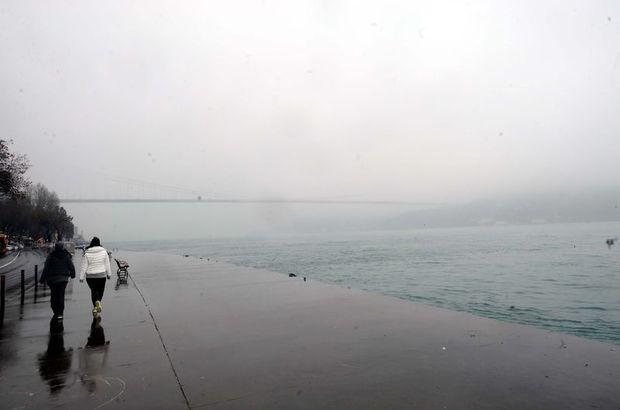 İstanbul Boğazı transit gemi trafiğine kapatıldı