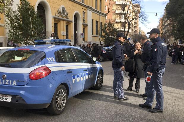 İtalya'nın başkentinde art arda deprem!