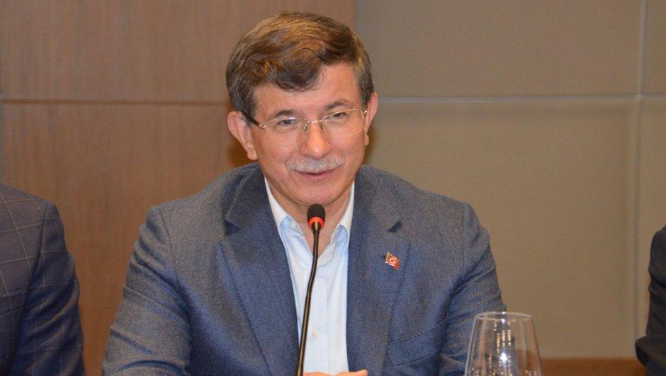 AK Parti Anayasa görüşmeleri Ahmet Davutoğlu