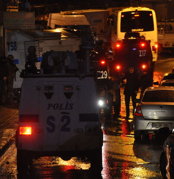 İstanbul'da terör operasyonu 5 gözaltı