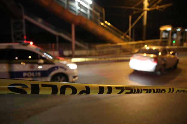 İzmir'de iki otomobil çarpıştı: 1 ölü, 2 yaralı