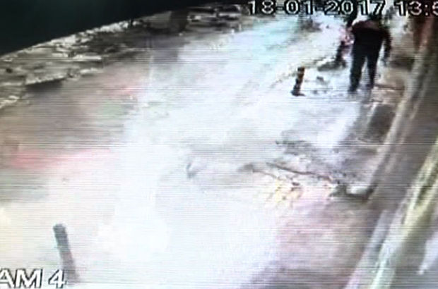 Konya'da Kar kütlesinin altında kalmaktan son anda böyle kurtuldu