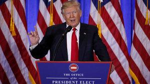 Donald Trump 50 yetkilinin görevine devam etmesini istedi