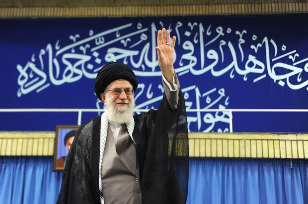 Ayetullah Ali Hamaney'e dayısından eleştiri mektubu
