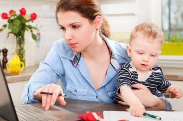 Çalışan anneler müjde! Bakıcı desteği geliyor...
