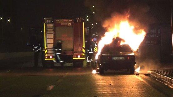 Kaza yaptı, aracını yaktı
