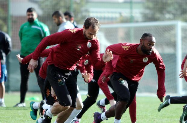 Aytemiz Alanyaspor, Beşiktaş maçına altyapı hocalarıyla hazırlanıyor