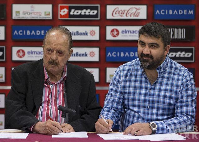 İlhan Cavcav'ın Türk futboluna damga vuran hikayeleri......