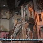 Beyoğlu'nda 4 katlı bina çöktü