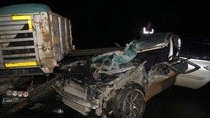 Edirne'de otomobil TIR'ın altına girdi: 1 ölü, 1 yaralı
