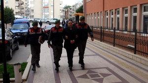 Aydın'da 12 yıldır aranan cinayet zanlısı banyoda yakaladı