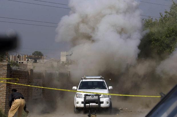 Pakistan'da pazar yerine bombalı saldırı: 7 ölü!