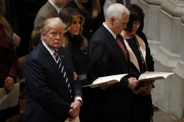 Donald Trump, Ulusal Katedral'deki dini törene katıldı