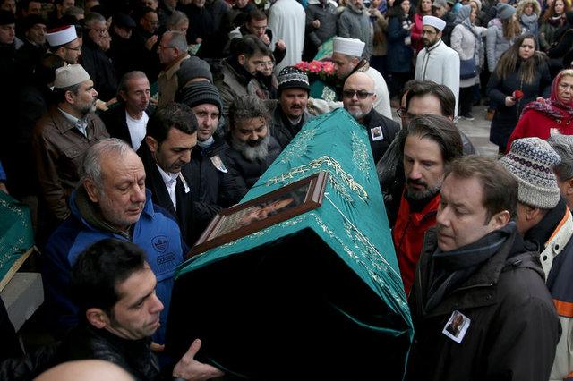 Usta oyuncu Ayberk Atilla için tören düzenlendi