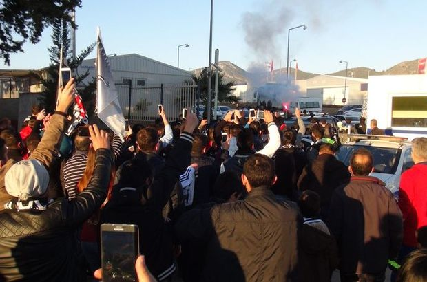 Beşiktaş'a Alanya'da protesto şoku