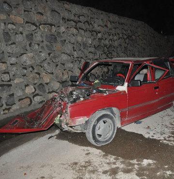 5 araç birbirine girdi 8 kişi yaralandı
