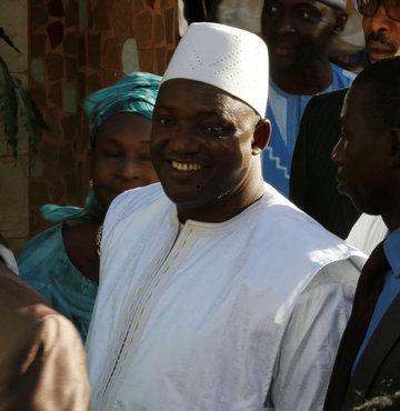 Gambiya'nın yeni başkanı kadın yardımcı atadı
