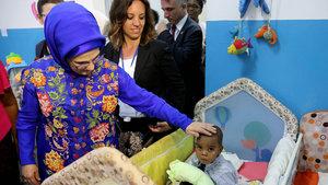 Emine Erdoğan'dan yetimhane ziyareti