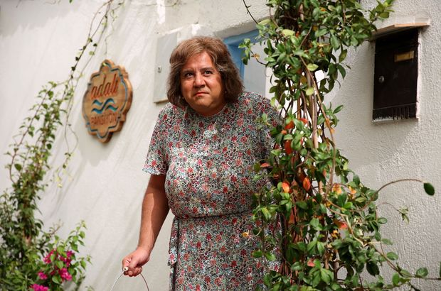 Ata Demirer'in filmi 'Olanlar oldu' zirvede