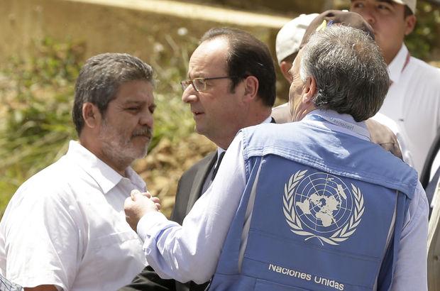 Hollande, FARC isyancılarıyla bir araya geldi