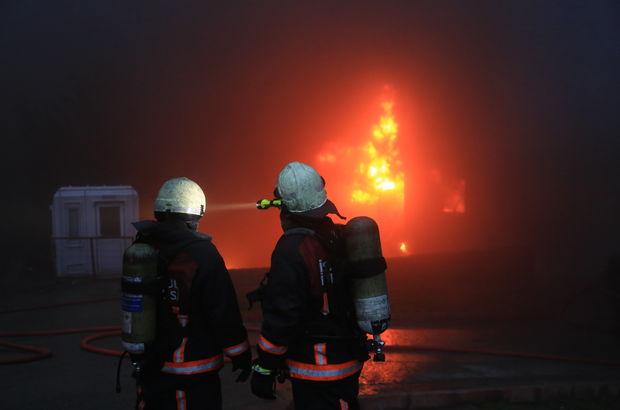 Hadımköy'deki fabrikada patlama: 4 işçi yaralı