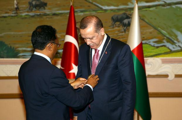 Erdoğan'a Madagaskar Devlet Yüksek Nişanı verildi