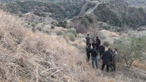 Aydın'da yarısı toprağa gömülmüş ceset bulundu