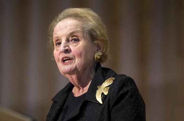 ABD'li eski bakan Albright: Müslüman olarak kayıt yaptırmaya hazırım