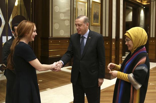 Cumhurbaşkanı Erdoğan ABD'li ünlü oyuncu Lohan'ı kabul etti