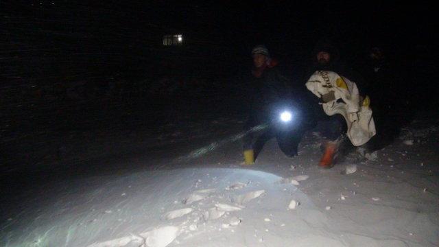 Kars'ta Ömer Halis Demir bebek için seferber oldular
