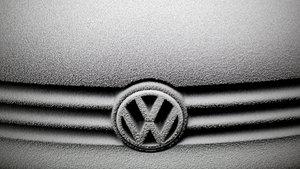 Volkswagen'in 600 bin aracı geri çağıracağı iddia edildi