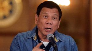Duterte ABD kuvvetlerinden silah depolamamalarını istedi