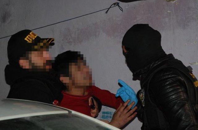 İstanbul'da helikopter destekli uyuşturucu operasyonu