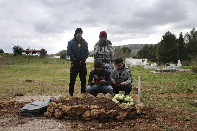 Yunanistan'daki sığınmacı kampından acı haber