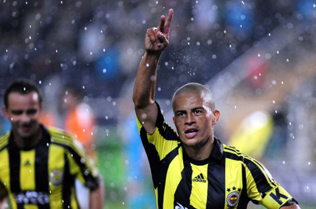 Alex Fenerbahçe'den ayrılışını anlattı