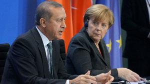 Berlin'den Ankara'ya 'normalleşme' çıkarması yarın Merkel'le başlıyor