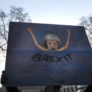 Binlerce İngiliz AB'den vatandaşlık istiyor!