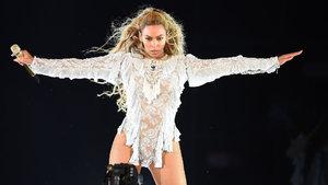 Beyonce ikiz bebek bekliyor